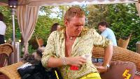 Даёшь молодёжь! Метросексуалы Данила и Герман Спасительный мохито