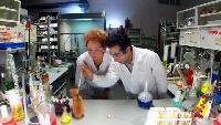 Даёшь молодёжь! Учёные – Роберт и Анна Увеличитель живых организмов