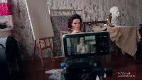 Девушки Maxim Сезон-1 Актриса Ирина Ануфриева прилюдно разделась, чтобы написать картину маслом