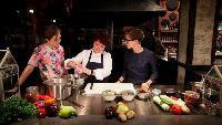 Два с половиной повара. Открытая кухня Сезон 1 выпуск 110: Подготовка к новому году