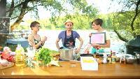 Два с половиной повара. Открытая кухня Сезон 1 выпуск 95: Салат цезарь и паста карбонара