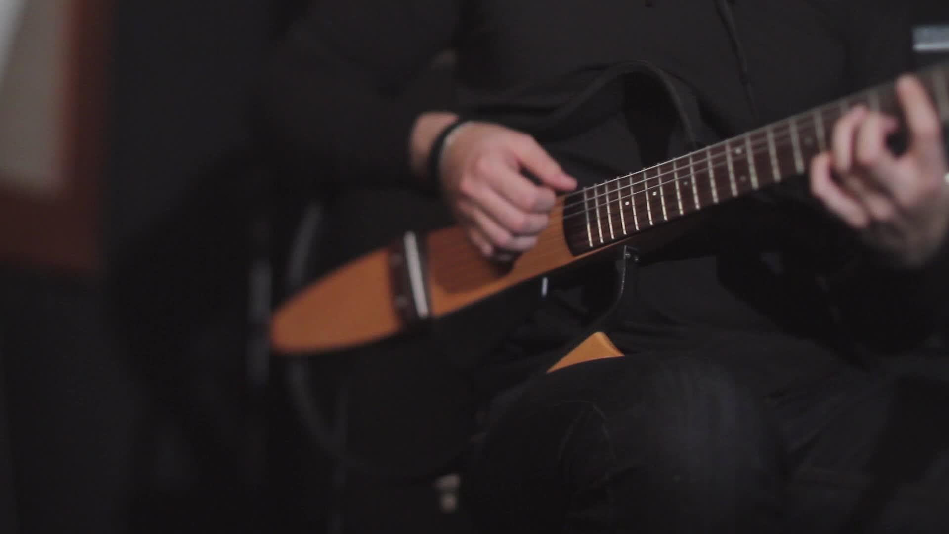 Главная сцена Главная сцена Александр Балыков - Летаю (акустическая версия)