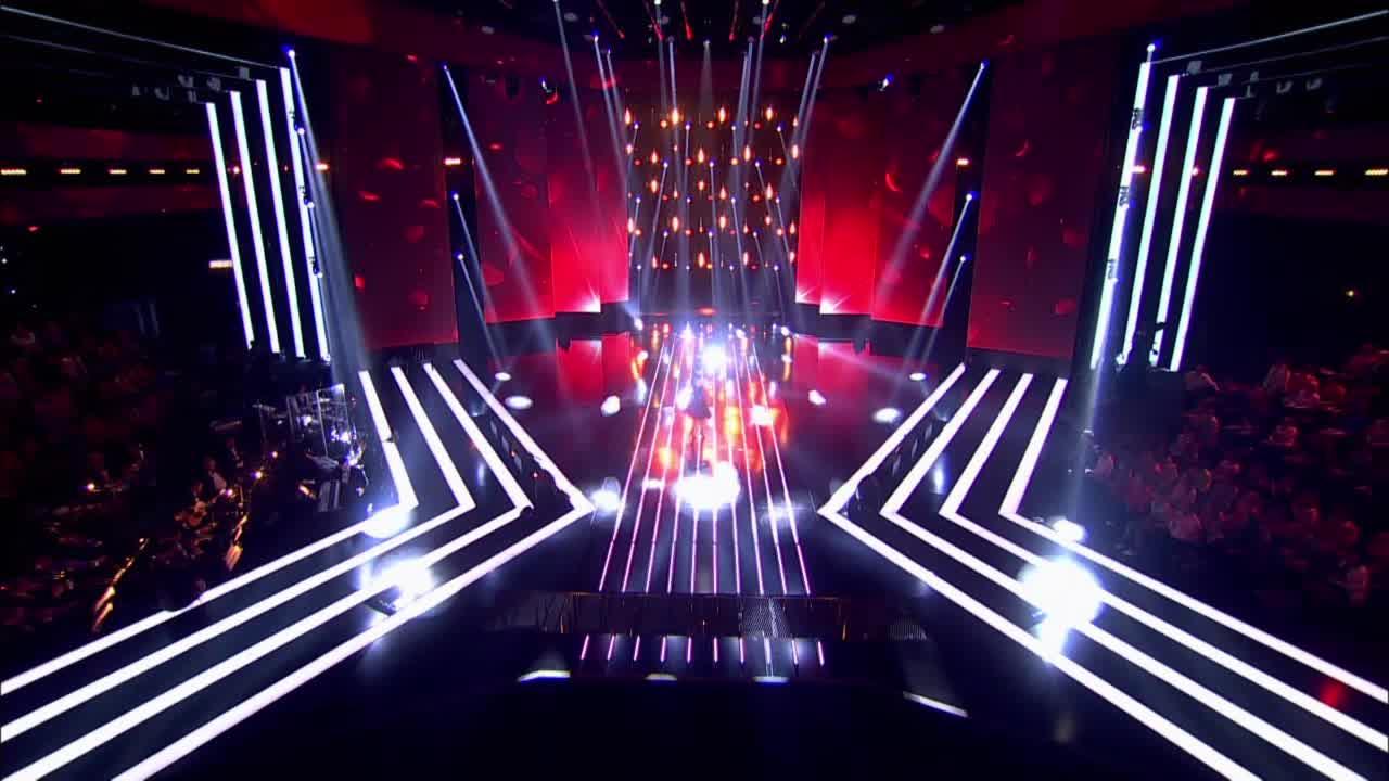 Главная сцена Второй четвертьфинал Ксения Дежнева. Выступление (1 часть)