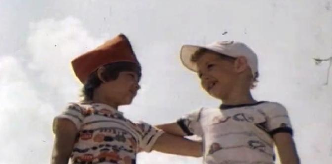 Лялька-Руслан и его друг Санька смотреть