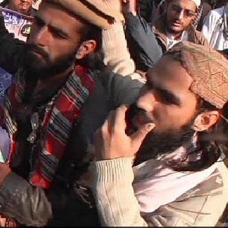 Пакистан: теракт в пешаварской школе объединил страну смотреть