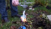 Thoisoi Химия в замедленной сьемке Химия в замедленной сьемке - Горячий парафин + Вода = Огненная реакция!